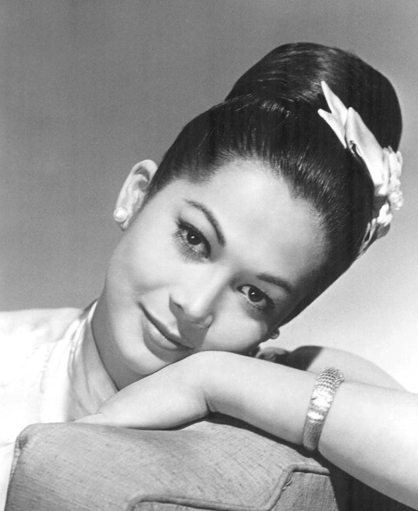 550 Nancy Kwan 關南施 (1939年 香港裔美國演員)05