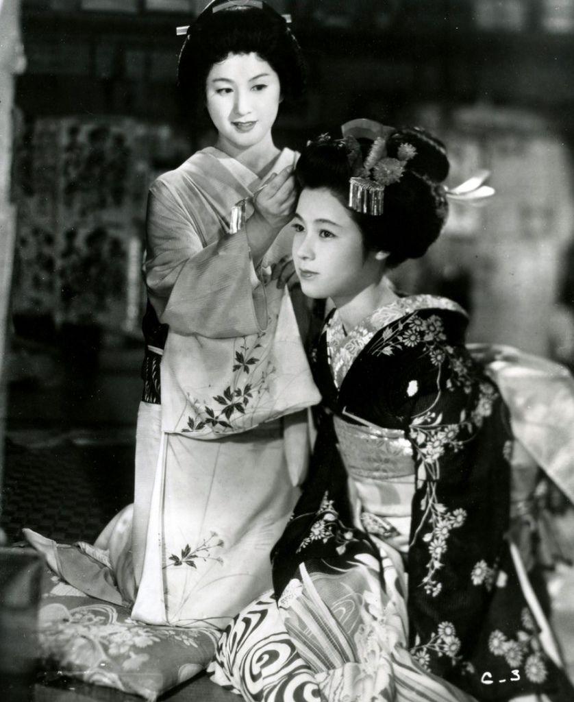 566 Machiko Kyo 京町子(矢野元子) (1924年 日本演員)06