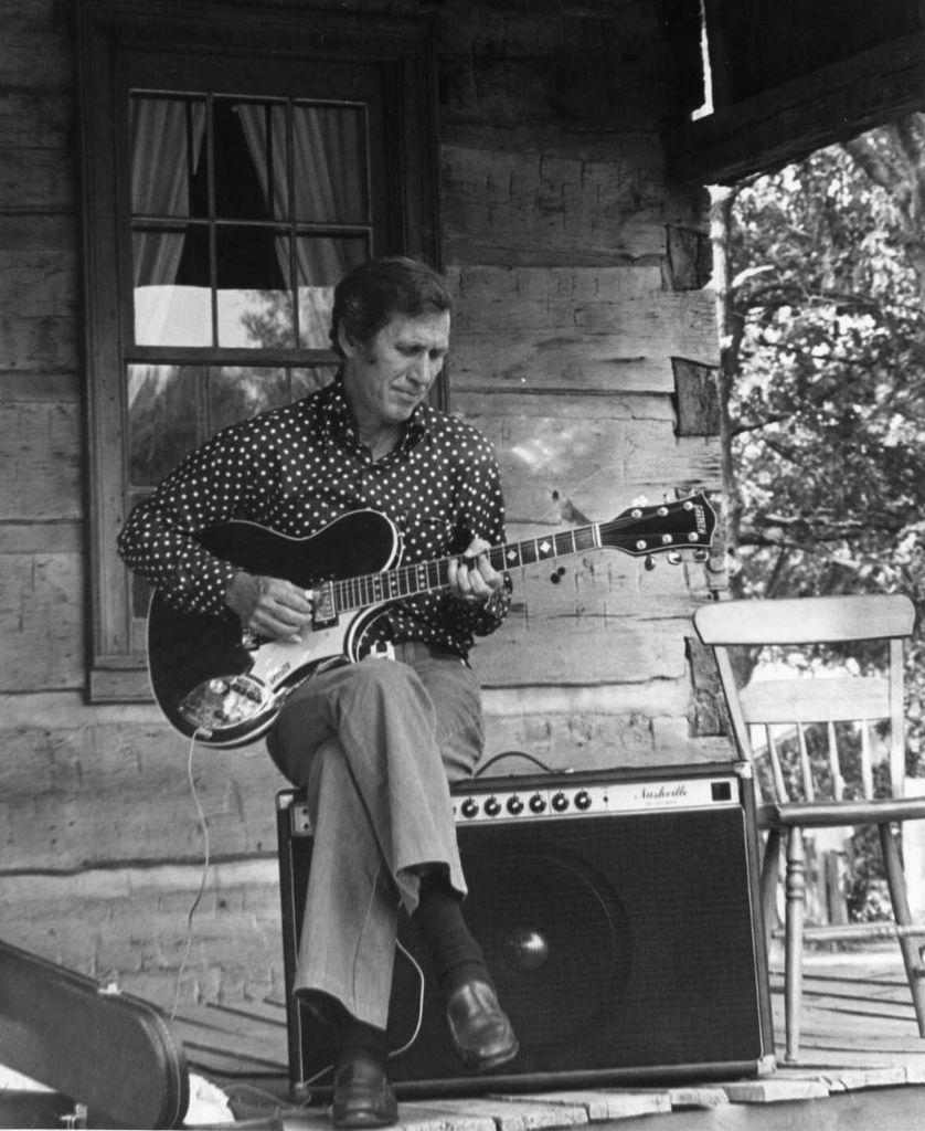 133 Chet Atkins 切特.阿特金斯 1924年-2001年 美國吉他家、音樂製作人04