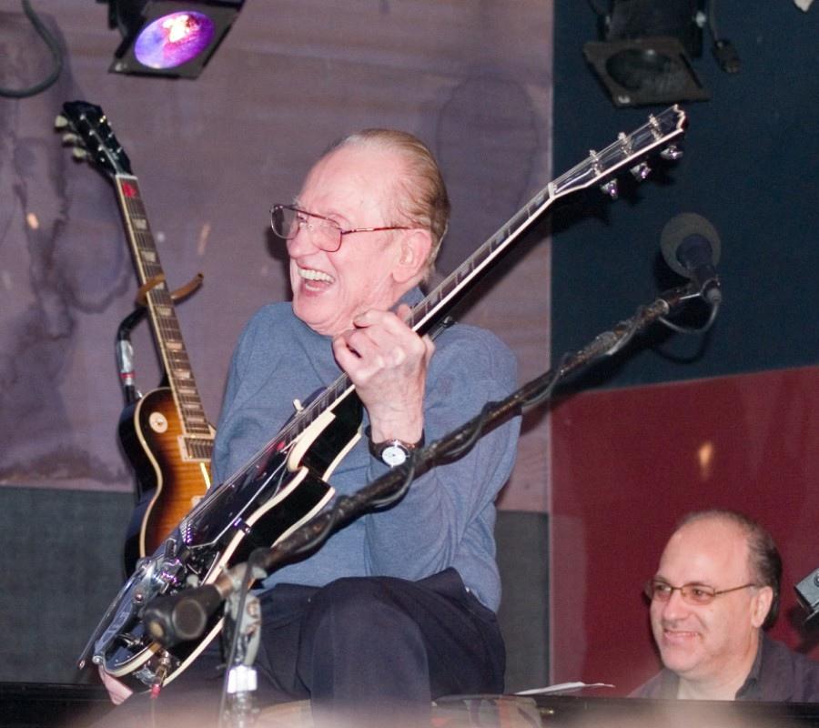 136 Les Paul 萊斯.保羅 (1915年-2009年) 美國電吉他大師、作曲家、發明家07
