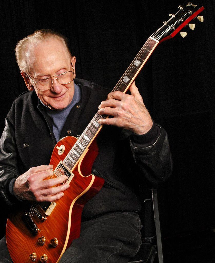 136 Les Paul 萊斯.保羅 (1915年-2009年) 美國電吉他大師、作曲家、發明家05