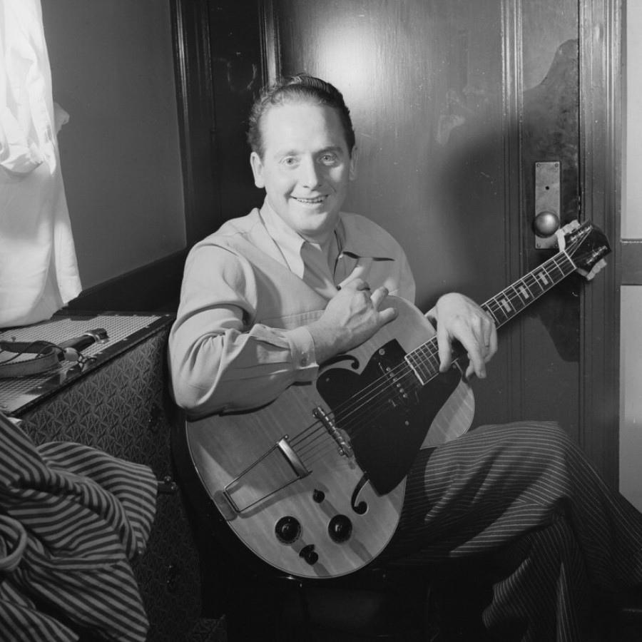 136 Les Paul 萊斯.保羅 (1915年-2009年) 美國電吉他大師、作曲家、發明家02