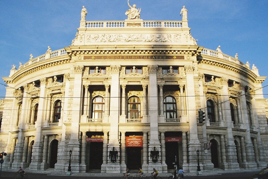 77 奧地利 城堡劇院 Burgtheater05
