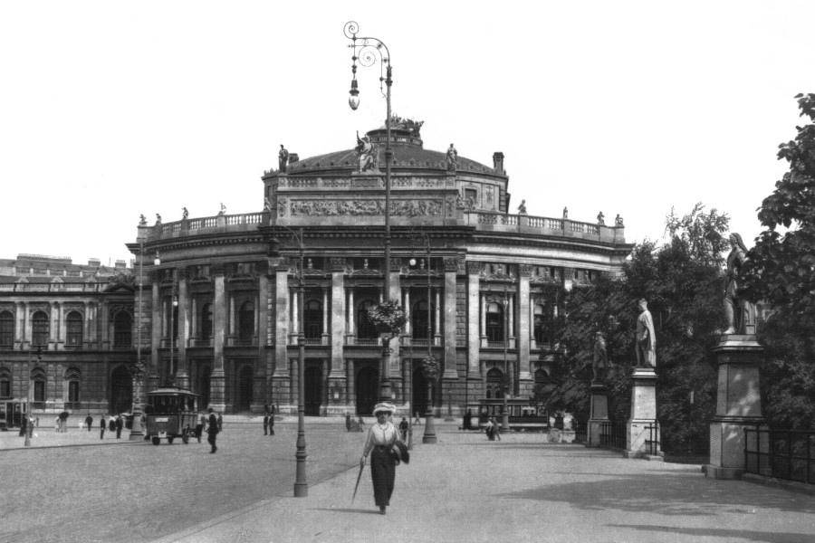 77 奧地利 城堡劇院 Burgtheater01