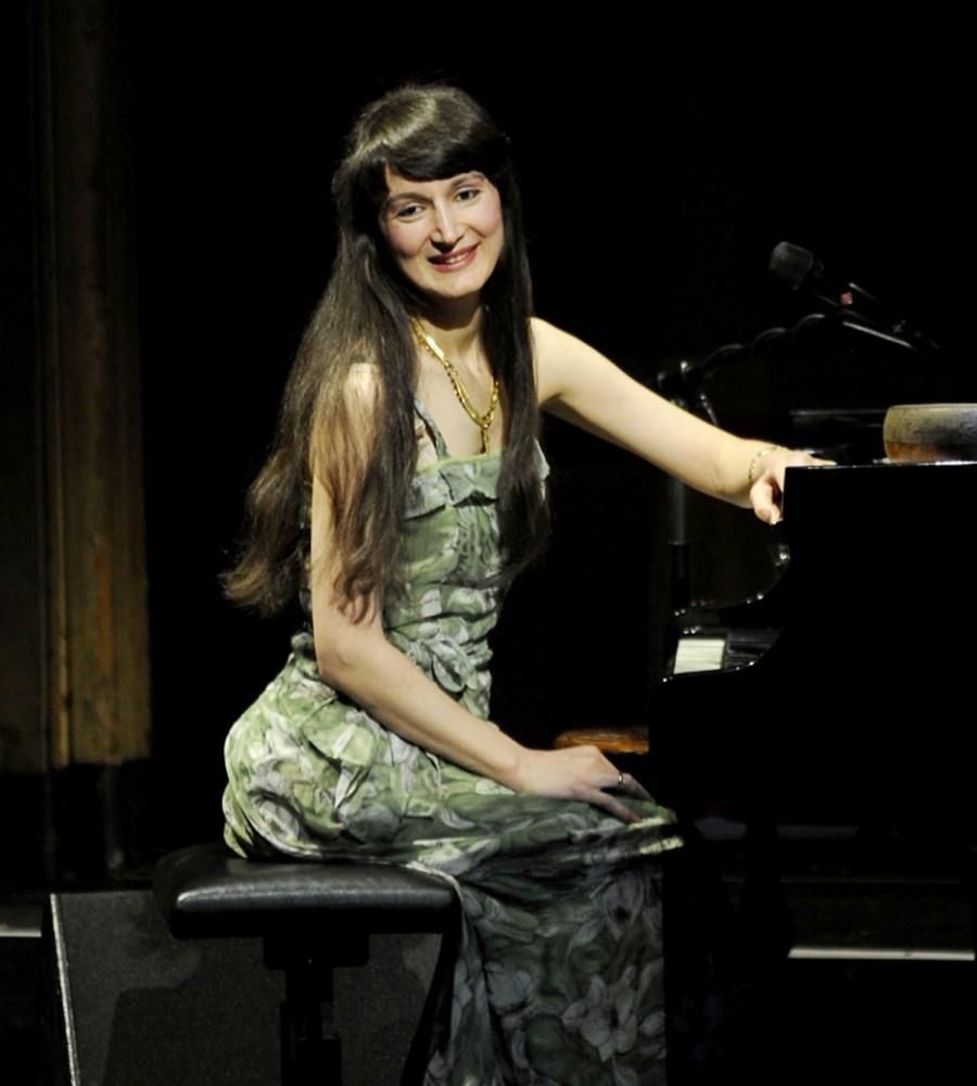 733 Aziza Mustafa Zadeh 阿齊扎.穆斯塔法.扎德 1969年 阿塞拜疆作曲家、鋼琴家、歌手07