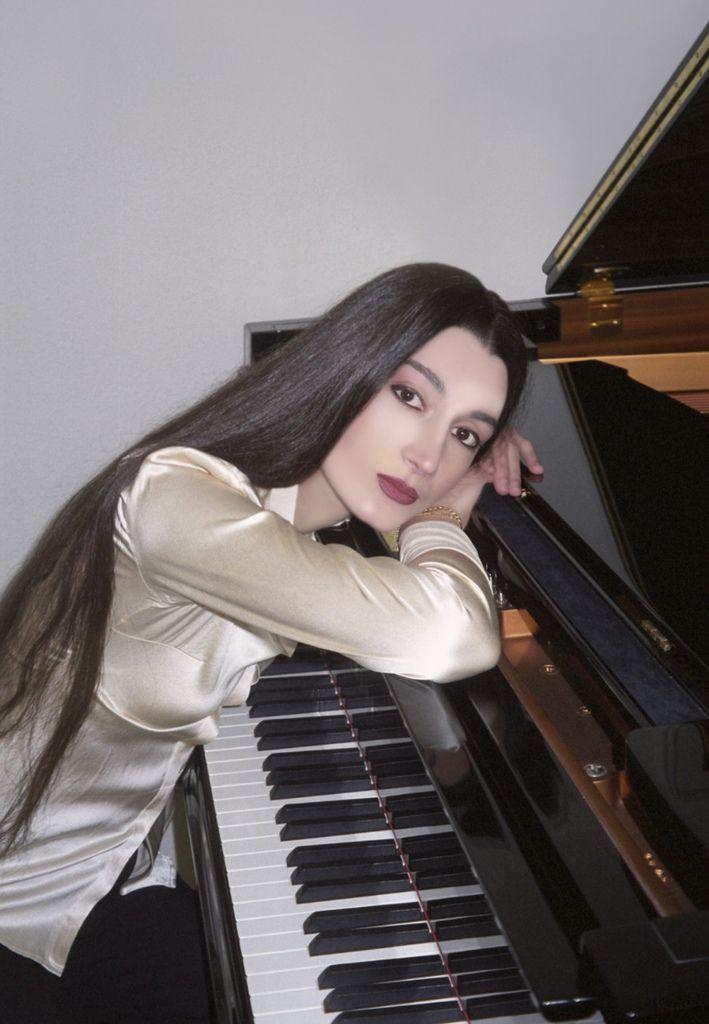 733 Aziza Mustafa Zadeh 阿齊扎.穆斯塔法.扎德 1969年 阿塞拜疆作曲家、鋼琴家、歌手05