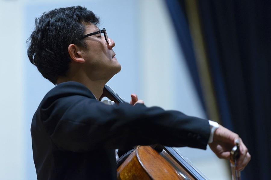 216 Wen-Sinn Yang  楊文信 1965年 台灣裔瑞士大提琴家07