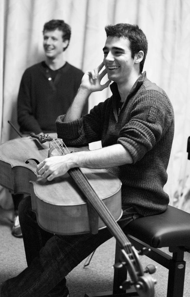 217 Pablo Ferrandez 巴勃羅.費蘭德斯 西班牙大提琴家04