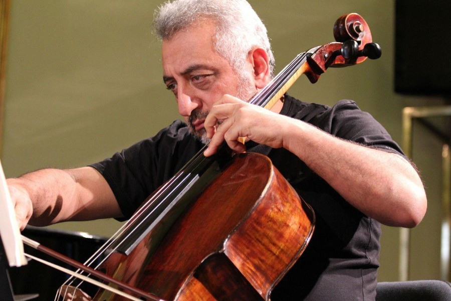 218 Levon Mouradian 列翁.莫拉迪安 亞美尼亞大提琴家03