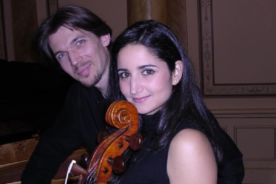 219 Marianna Sinagra 瑪麗安娜.西納格拉 義大利大提琴家06