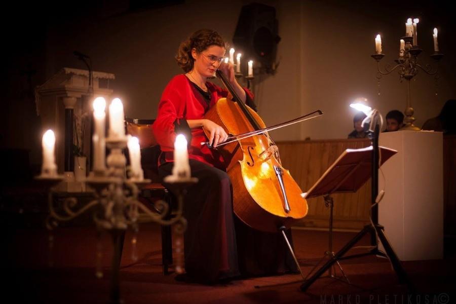 220 Monika Leskovar 莫妮卡.萊斯科瓦爾 1981年 德國裔克羅地亞大提琴家04