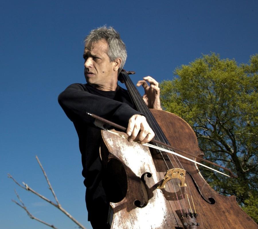 221 Giovanni Sollima 治雅尼.蘇利馬 1962年 意大利作曲家、大提琴家04