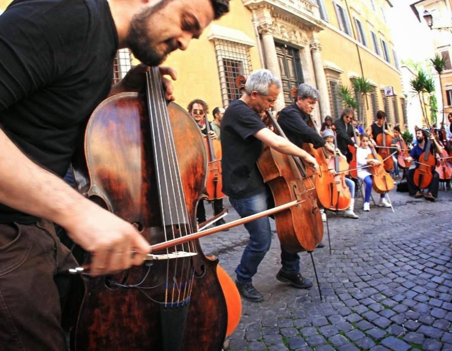 221 Giovanni Sollima 治雅尼.蘇利馬 1962年 意大利作曲家、大提琴家07