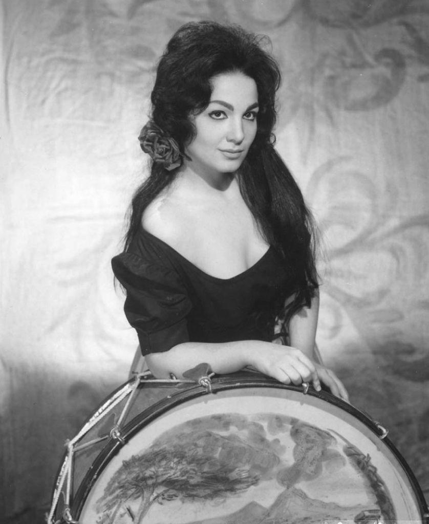 717 Teresa Stratas 特麗薩.史特拉塔 1938年 希臘血統加拿大女高音02