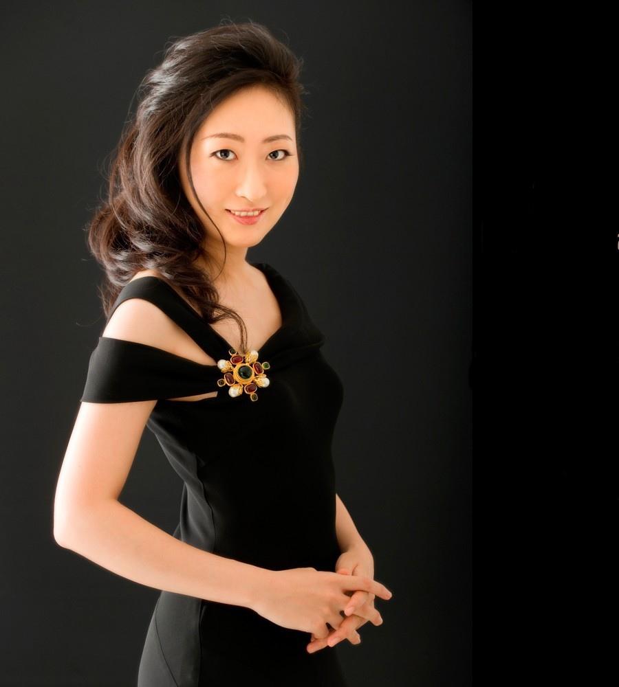 762 Etsuko Hirose 廣瀨悅子 日本鋼琴家01