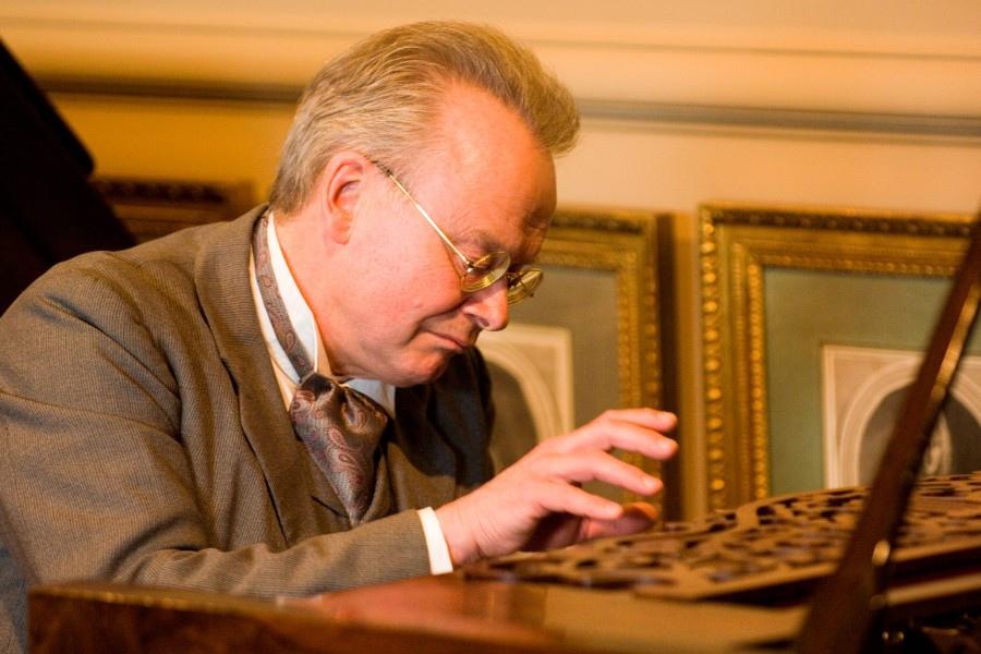 765 David Owen Norris 戴維.歐文.諾里斯 1953年 英國鋼琴家01