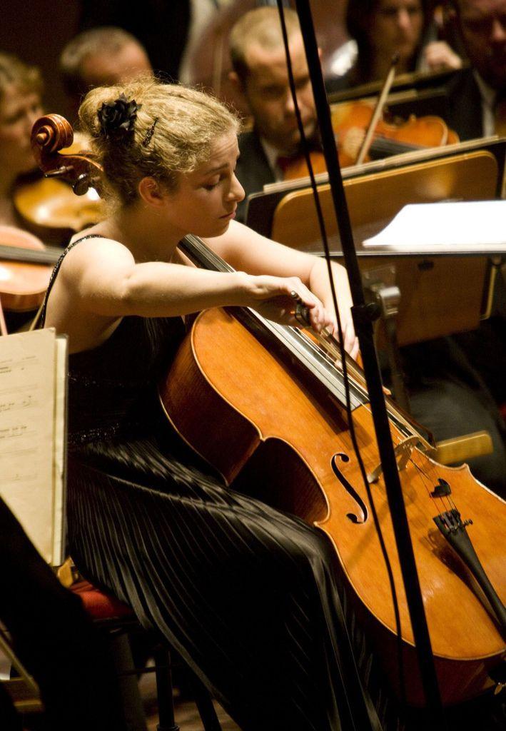 224 Hanna Dahlkvist 漢娜.達爾奎斯特 1986年 瑞典大提琴家07