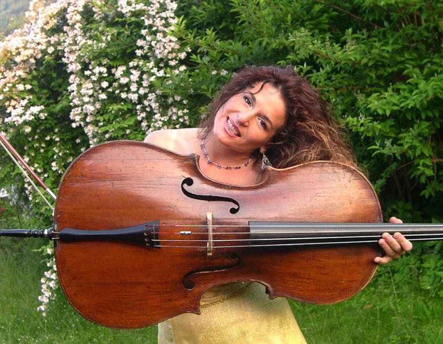 225 Yvonne Timoianu 伊馮娜.蒂莫亞努 羅馬尼亞大提琴家03