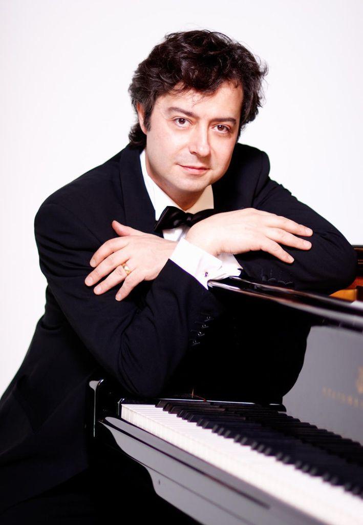 770 Fabio Bidini 法比奧.比迪尼 1968年 意大利鋼琴家02