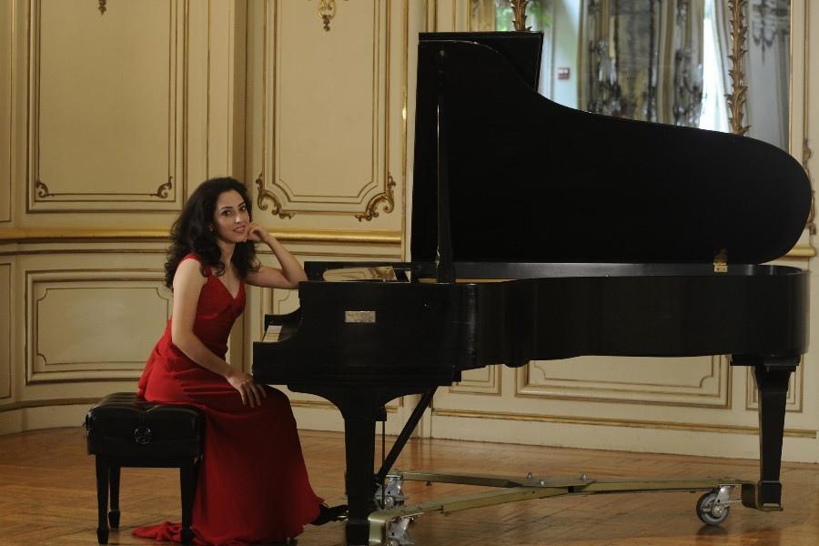 777 Sara Daneshpour 薩拉.達涅什珀 美國鋼琴家06