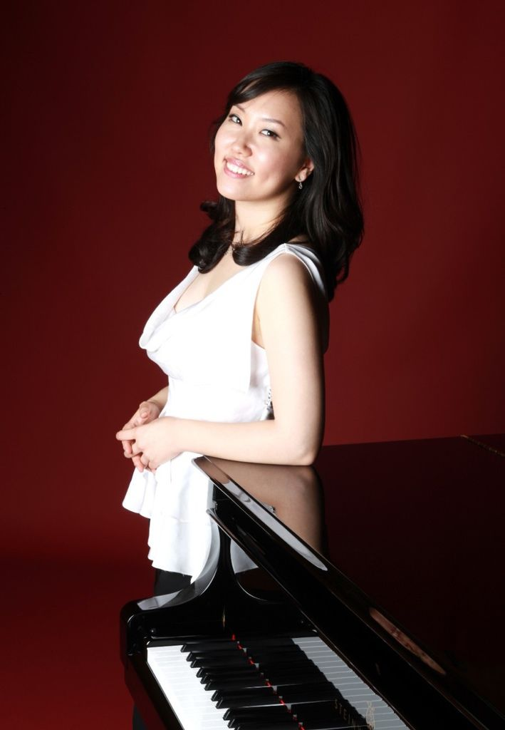 793 Young-Ah Tak 德.英雅 韓國鋼琴家03