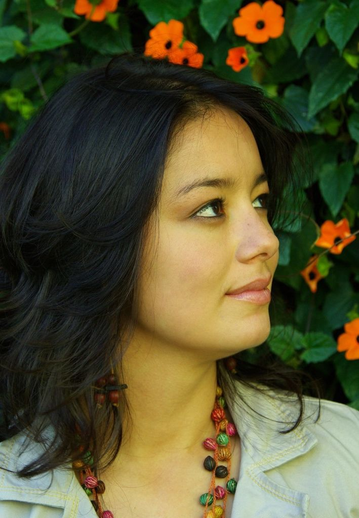 864 Amalia Avilan 阿瑪麗亞.阿維蘭 1986年 哥倫比亞女高音01.jpg