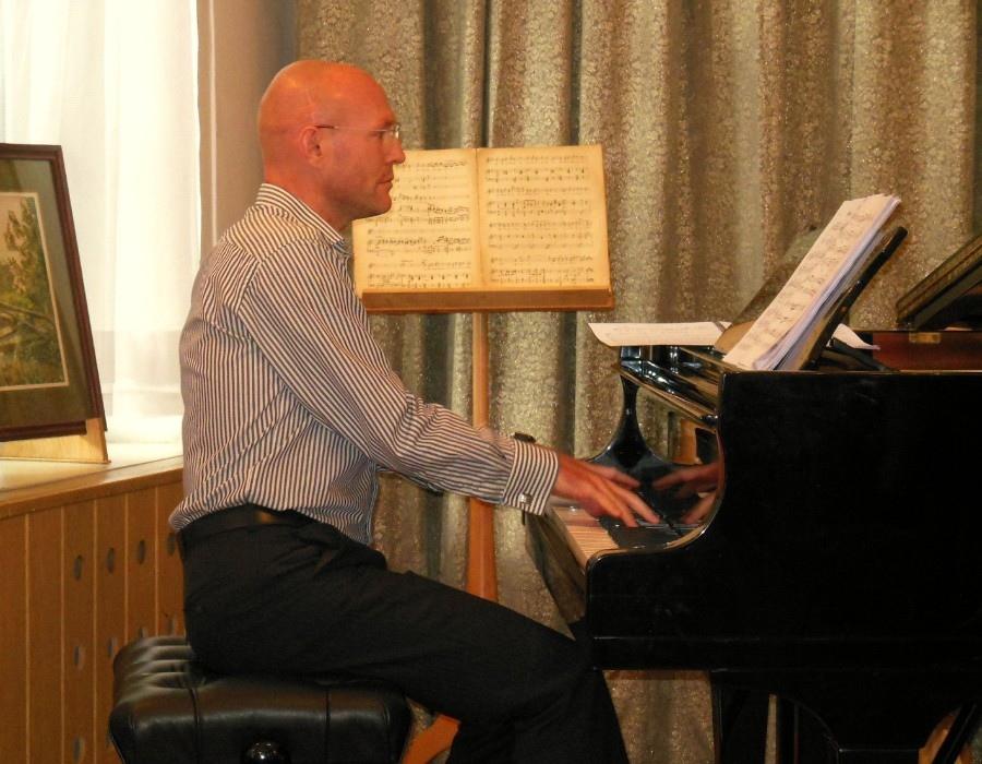 508 Marcin Grabosz 馬爾欽.格拉博斯 波蘭鋼琴家、指揮家01.jpg