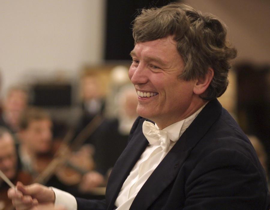 505 Michael Schonwandt 邁克爾.施安萬特 1953年 丹麥指揮家07.jpg