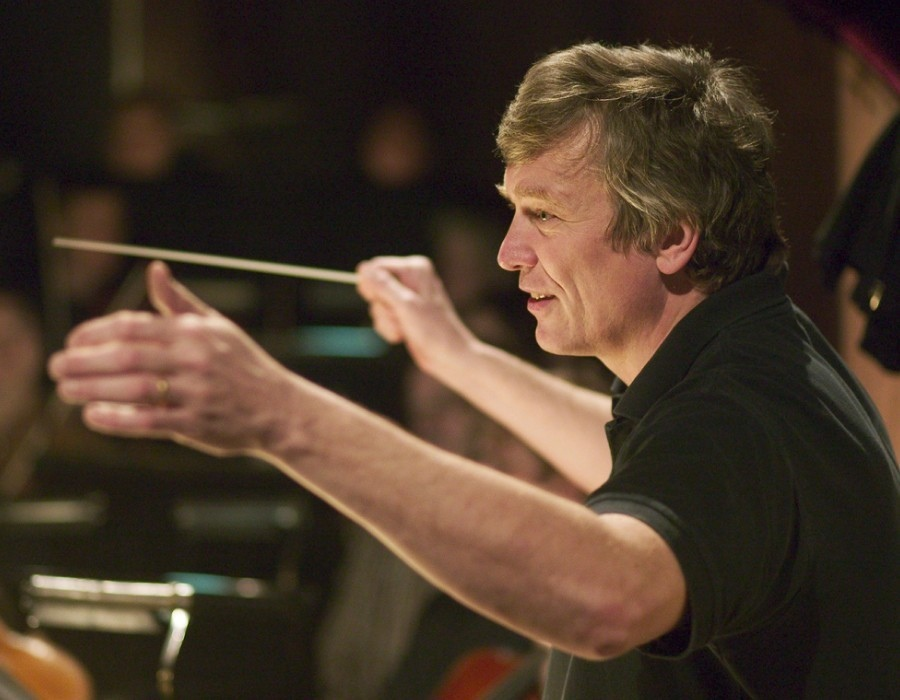 505 Michael Schonwandt 邁克爾.施安萬特 1953年 丹麥指揮家08.jpg