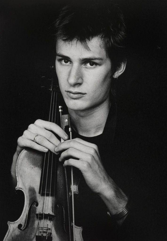 504 Richard Tognetti 理查.托奈提 1965年 澳大利亞小提琴家、作曲家、指揮家01.jpg