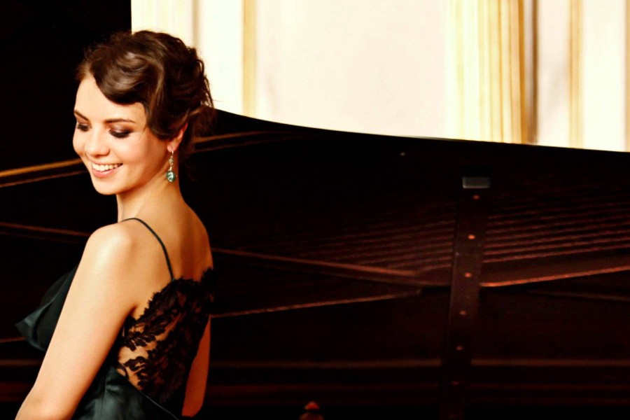 624 Kateryna Titova 凱特琳娜.蒂托瓦 1983年 烏克蘭鋼琴家06.jpg