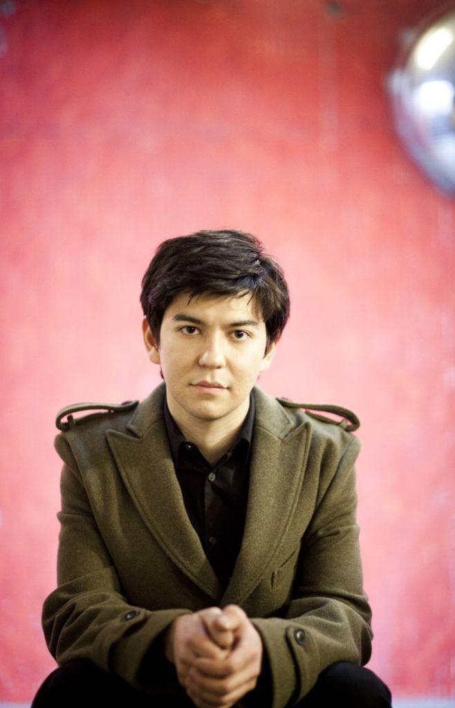 623 Behzod Abduraimov 貝赫佐德.阿布杜賴莫夫 1990年 烏茲別克斯坦鋼琴家03.jpg