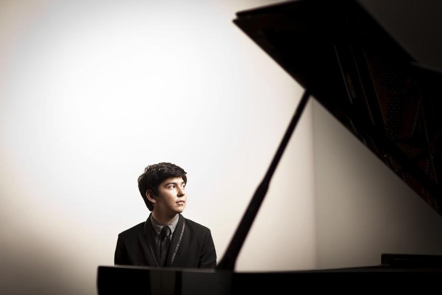 623 Behzod Abduraimov 貝赫佐德.阿布杜賴莫夫 1990年 烏茲別克斯坦鋼琴家06.jpg