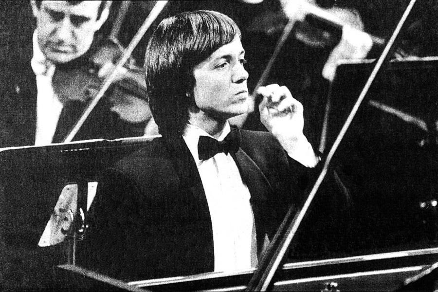 622 Balazs Szokolay 鮑拉日.索科洛伊 1961年 匈牙利鋼琴家01.jpg