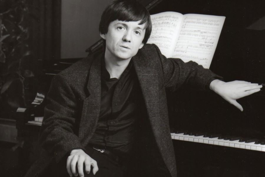 622 Balazs Szokolay 鮑拉日.索科洛伊 1961年 匈牙利鋼琴家02.jpg
