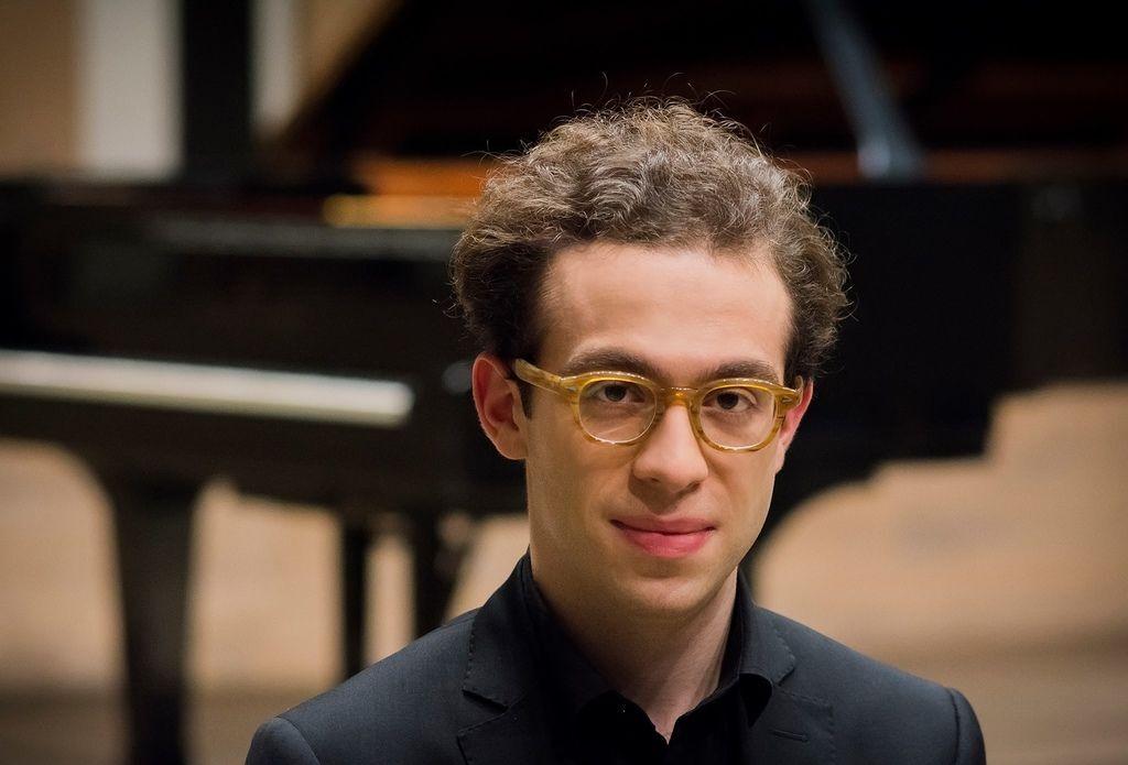 1081 Nicolas Namoradze 尼古拉斯.納莫拉澤 格魯吉亞鋼琴家鋼琴家、作曲家02.jpg