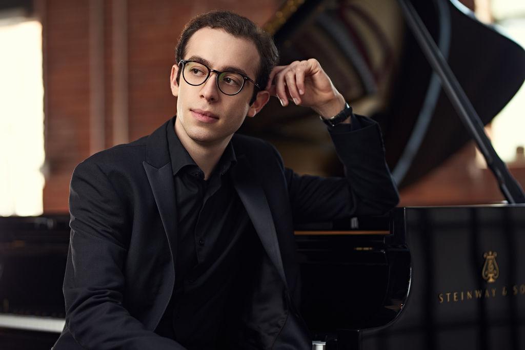1081 Nicolas Namoradze 尼古拉斯.納莫拉澤 格魯吉亞鋼琴家鋼琴家、作曲家06.jpg