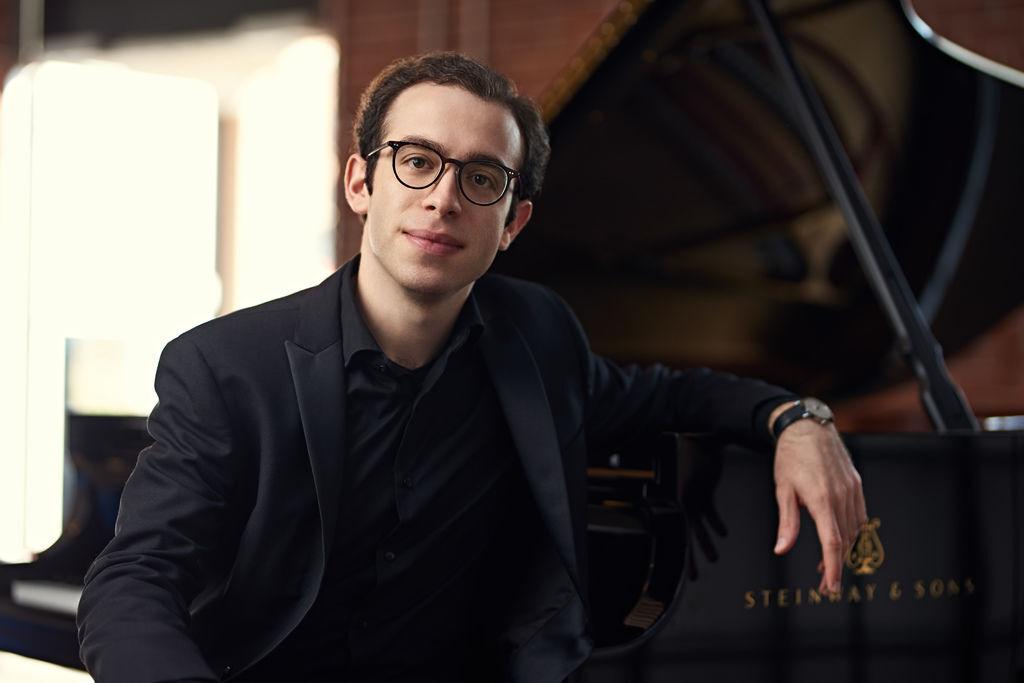 1081 Nicolas Namoradze 尼古拉斯.納莫拉澤 格魯吉亞鋼琴家鋼琴家、作曲家07.jpg
