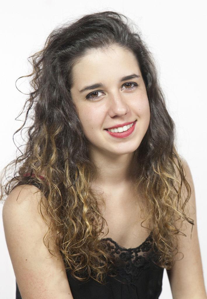 1099 Rosalia Gomez Lasheras 羅莎莉亞.戈麥斯.拉謝拉斯 1994年 西班牙鋼琴家02.jpg