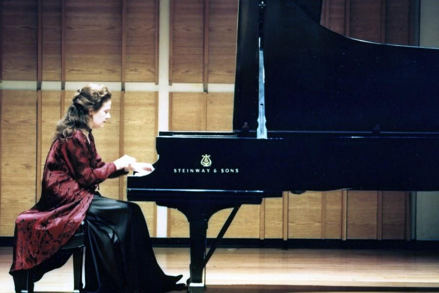 1103 Gila Goldstein 吉拉.戈爾茨坦 美國鋼琴家05.jpg