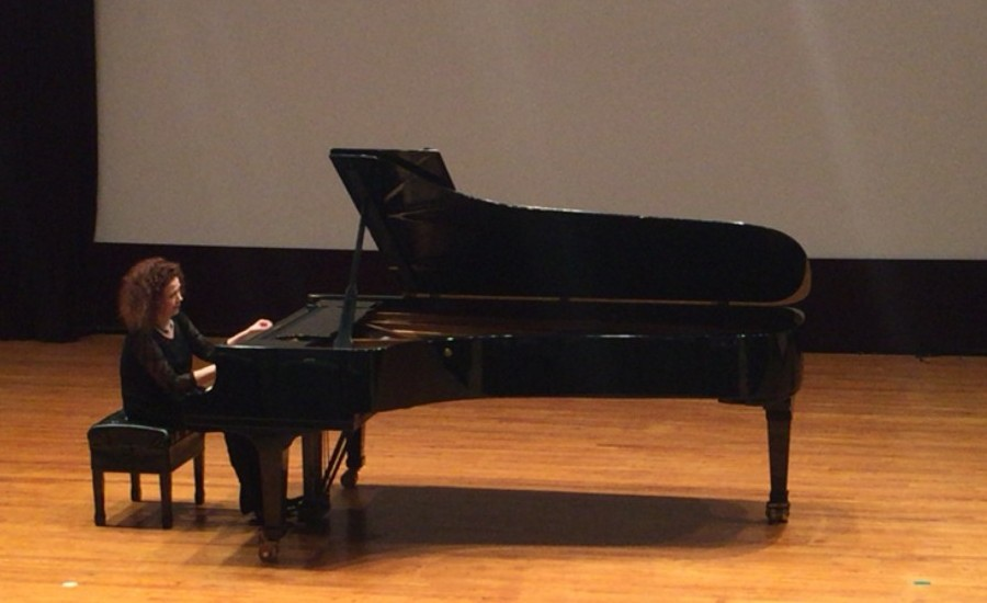 1103 Gila Goldstein 吉拉.戈爾茨坦 美國鋼琴家09.jpg