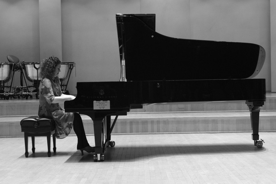 1103 Gila Goldstein 吉拉.戈爾茨坦 美國鋼琴家07.jpg