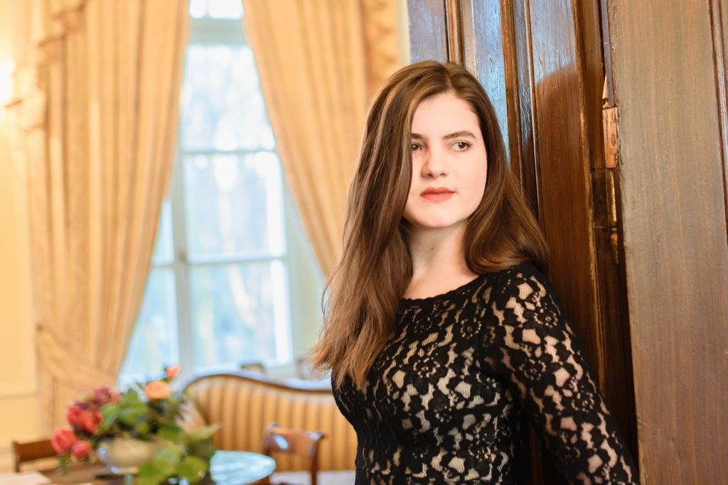 1105 Majka Babyszka 馬伊卡.巴比斯卡 1999年 波蘭鋼琴家03.jpg