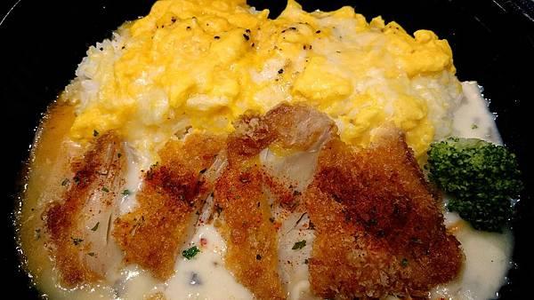 奶油雞排歐姆蛋燴飯