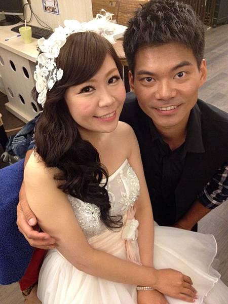 手機上傳-20140708 棚拍婚紗19.JPG