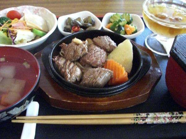 鐵板菲力牛肉定食 (整份)