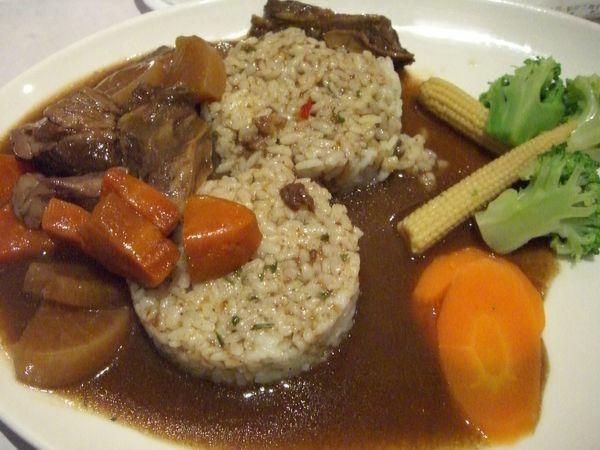 茶香嫩燉牛肉