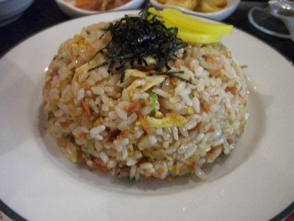 鮭魚炒飯定食 (主菜)