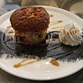 主廚特製甜點 ─ 桂圓蛋糕