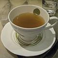 〈暫停供應〉夕食湯品 ─ 巴西蘑菇筍子清湯